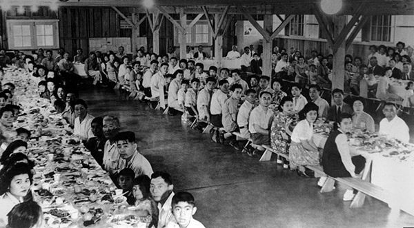 Japanese-Internment-Camps_9